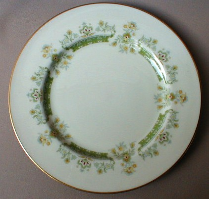 Make sure your browser can show photos and reload this page to see Lenox China Marissa Dinner plate