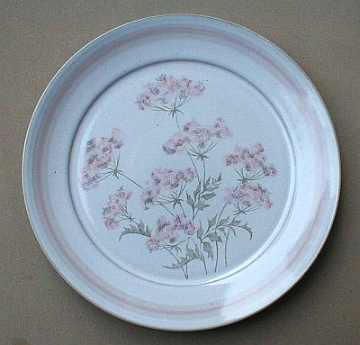 Make sure your browser can show photos and reload this page to see Denby - Langley China Brittany Dinner plate