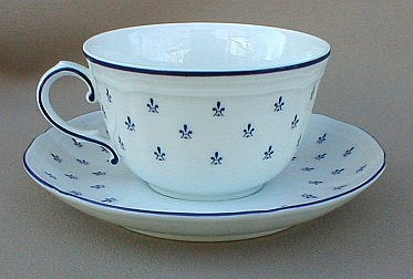 Make sure your browser can show photos and reload this page to see Ginori, Richard China Royal Blue Cup and saucer set