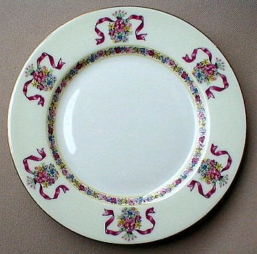 Make sure your browser can show photos and reload this page to see Haviland China St. Regis Dinner plate 10 3/4