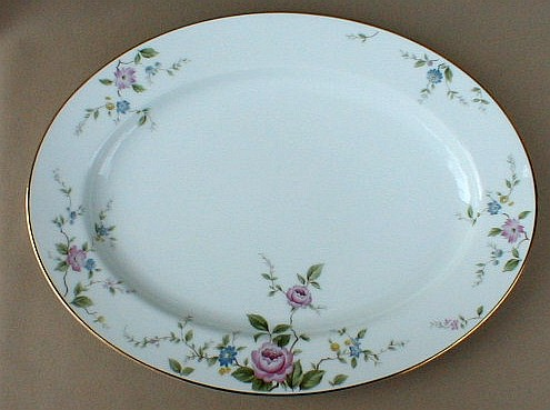 Make sure your browser can show photos and reload this page to see Noritake China Firenze 6674 Platter, medium 13 1/2Ó
