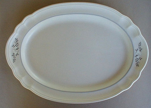 Make sure your browser can show photos and reload this page to see Pfaltzgraff China Heirloom Platter, medium 14 3/4