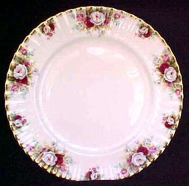 Make sure your browser can show photos and reload this page to see Royal Albert China Celebration Dinner plate