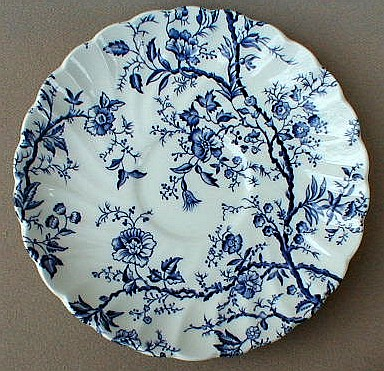 Make sure your browser can show photos and reload this page to see Johnson Brothers Dinnerware  Old Bradbury Saucer only blue/white