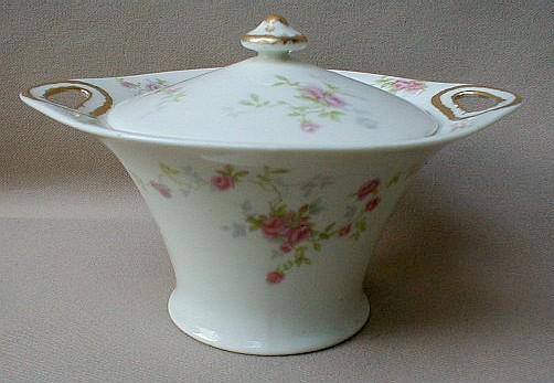 Make sure your browser can show photos and reload this page to see Haviland China Touraine Sugar bowl with lid