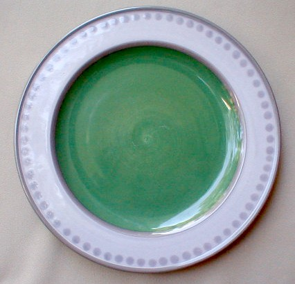 Make sure your browser can show photos and reload this page to see Epoch Dinnerware Potter's Art E902 Dinner plate green center