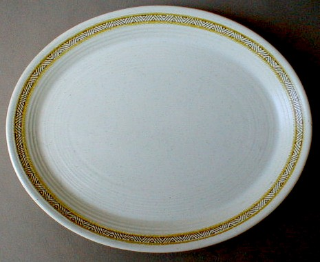 Make sure your browser can show photos and reload this page to see Franciscan China Hacienda - Gold  Platter, small 11 1/2F