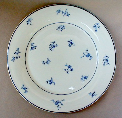Make sure your browser can show photos and reload this page to see Gorham China Fairfield Dinner plate 10 3/4