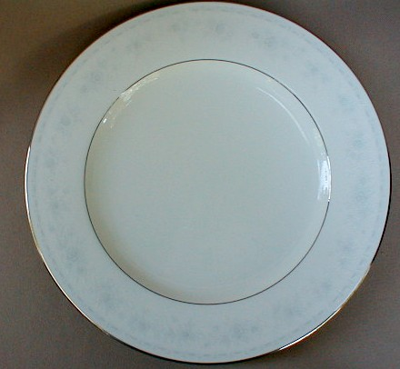 Make sure your browser can show photos and reload this page to see Noritake China Dreamspun 4721 Dinner plate 10 5/8