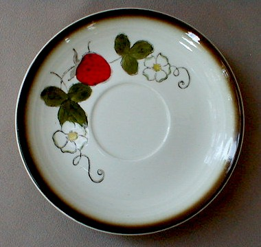 Make sure your browser can show photos and reload this page to see Metlox-Poppytrail-Vernon Pottery California Strawberry Saucer only 6