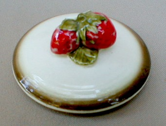Make sure your browser can show photos and reload this page to see Metlox-Poppytrail-Vernon Pottery California Strawberry Canister (lid only) small