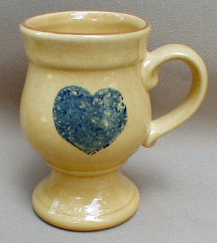 Make sure your browser can show photos and reload this page to see Pfaltzgraff China America Mug -Grand mu/footed - heart 5