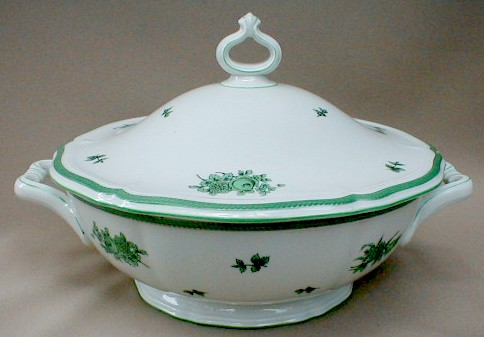 Make sure your browser can show photos and reload this page to see Rosenthal - Continental China Green Bloom Covered veg, (round) (chippendale shape-green flowers, green trim-084B)