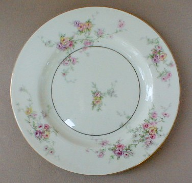 Make sure your browser can show photos and reload this page to see Haviland China Gloria Salad plate 7 1/2