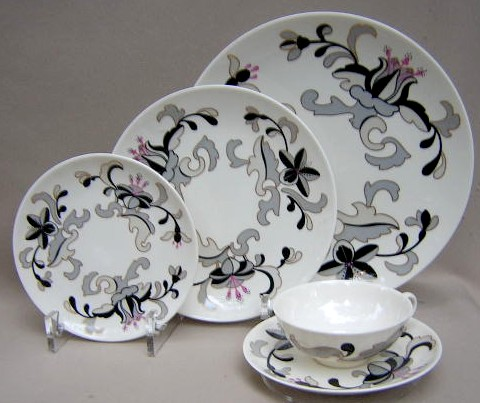 Make sure your browser can show photos and reload this page to see Franciscan China Canton Place setting 5-piece  Includes: dinner, salad, bread