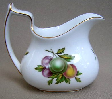 Make sure your browser can show photos and reload this page to see Spode China Blenheim Y7695 Creamer