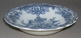 Make sure your browser can show photos and reload this page to see Crown Ducal China Bristol - Grey Fruit/dessert bowl 5 1/4