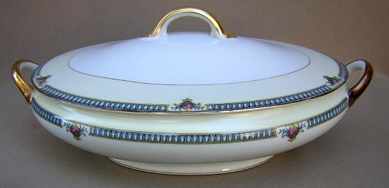 Make sure your browser can show photos and reload this page to see Noritake China Glendive 71227 Covered veg, (oval)