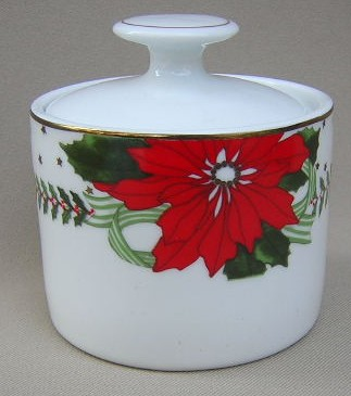 Make sure your browser can show photos and reload this page to see American Atelier Dinnerware Poinsettias 3398 Sugar bowl with lid