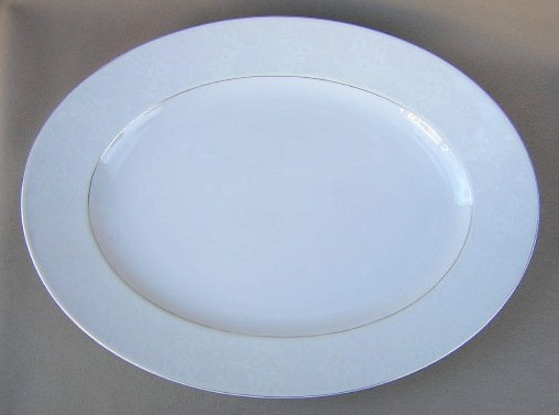 Make sure your browser can show photos and reload this page to see Rosenthal - Continental China White Velvet - Gold Trim Platter, medium 15