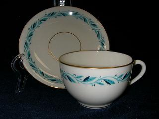 Make sure your browser can show photos and reload this page to see Lenox China Blue Ridge P316 Cup and saucer set short