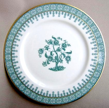 Make sure your browser can show photos and reload this page to see Haviland China Cambridge Salad plate green; 7 1/2