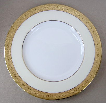 Make sure your browser can show photos and reload this page to see Minton China Buckingham - Cream K159 Dinner plate  10 1/2