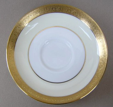 Make sure your browser can show photos and reload this page to see Minton China Buckingham - Cream K159 Saucer only