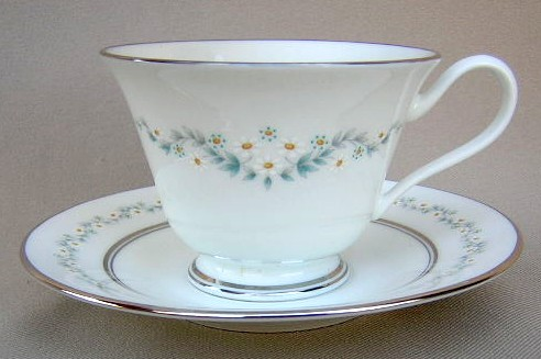 Make sure your browser can show photos and reload this page to see Oxford (Div Of Lenox) China Holyoke Cup and saucer set 2 5/8
