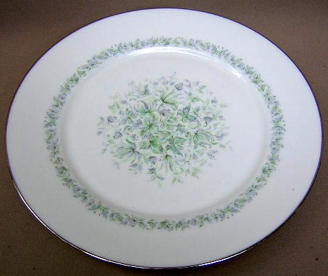 Make sure your browser can show photos and reload this page to see Oxford (Div Of Lenox) China Meadowlark Dinner plate