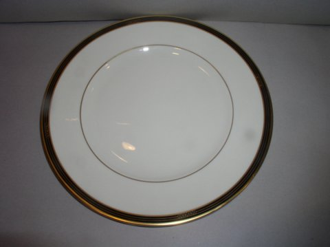 Make sure your browser can show photos and reload this page to see Lenox China Langdon Gate Dinner plate
