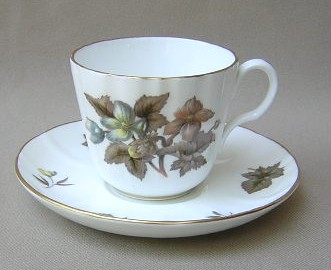Make sure your browser can show photos and reload this page to see Royal Worcester China Dorchester - Scalloped  Cup and saucer set