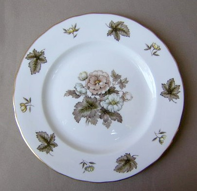 Make sure your browser can show photos and reload this page to see Royal Worcester China Dorchester - Scalloped  Dinner plate 10 1/2