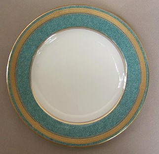 Make sure your browser can show photos and reload this page to see Oscar De La Renta China Baronesse-Teal L2353 Bread and butter plate 6 1/2