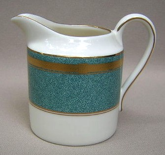 Make sure your browser can show photos and reload this page to see Oscar De La Renta China Baronesse-Teal L2353 Creamer