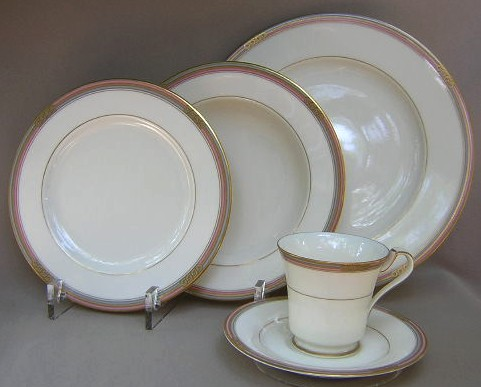 Make sure your browser can show photos and reload this page to see Oscar De La Renta China Insignia-Pink/Gray LAF15 Place setting 5-piece  Includes: dinner, salad, soup, cup & saucer