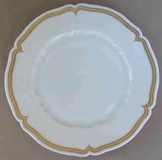 Make sure your browser can show photos and reload this page to see Haviland China Pompadour Bread and butter plate