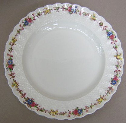 Make sure your browser can show photos and reload this page to see Spode China Hazel Dell S930 Dinner plate