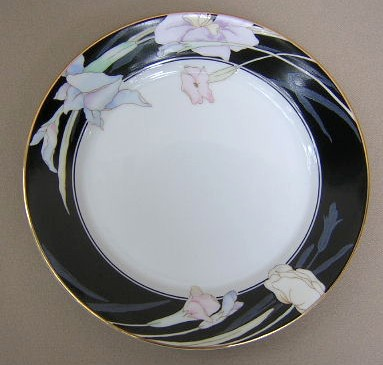 Make sure your browser can show photos and reload this page to see Mikasa China Charisma L9050/UP Salad plate (black)