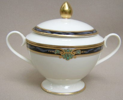 Make sure your browser can show photos and reload this page to see Gorham China Huntington Sugar bowl with lid
