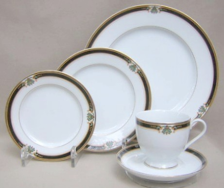 Make sure your browser can show photos and reload this page to see Gorham China Strasbourg Place setting 5-piece