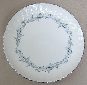 Make sure your browser can show photos and reload this page to see Syracuse China Sonata Bread and butter plate