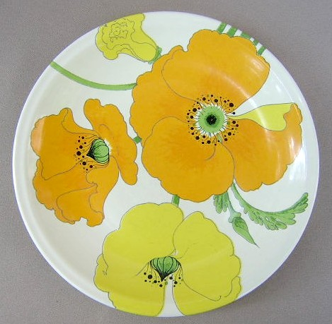 Make sure your browser can show photos and reload this page to see Metlox-Poppytrail-Vernon Pottery Wild Poppy Salad plate  8