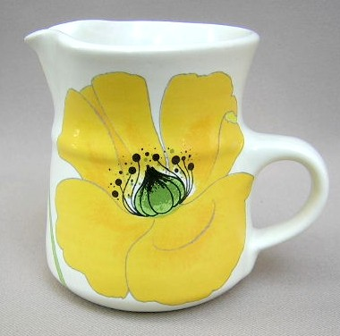 Make sure your browser can show photos and reload this page to see Metlox-Poppytrail-Vernon Pottery Wild Poppy Creamer