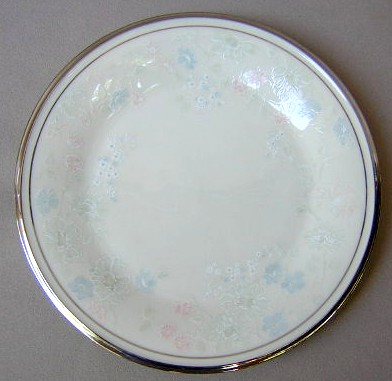 Make sure your browser can show photos and reload this page to see Lenox China Nicole Salad plate 8 1/8