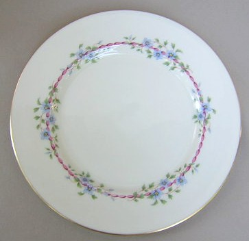 Make sure your browser can show photos and reload this page to see Lenox China Belvidere S314 Dinner plate 10 5/8
