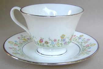 Make sure your browser can show photos and reload this page to see Oxford (Div Of Lenox) China Country Lane Cup and saucer set