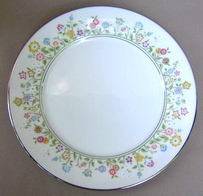 Make sure your browser can show photos and reload this page to see Oxford (Div Of Lenox) China Country Lane Dinner plate