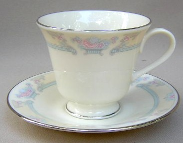 Make sure your browser can show photos and reload this page to see Lenox China Fairfield No # Cup and saucer set 3 5/8