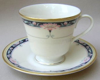 Make sure your browser can show photos and reload this page to see Lenox China Palmyra Cup and saucer set 3 5/8